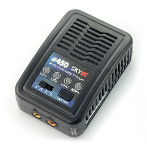 Battery charger SkyRC E450