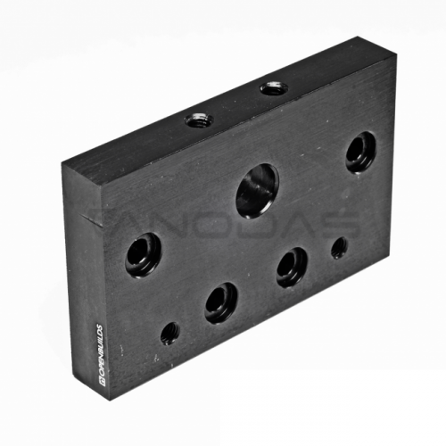 C-Beam Tvirtinimo plokštė skirta srieginiams strypams ir aliuminio profiliams tvirtinti