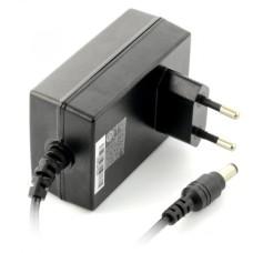 Impulsinis maitinimo šaltinis MeanWell GS25E05-P1J 5V / 4A - DC 5.5 / 2.1mm