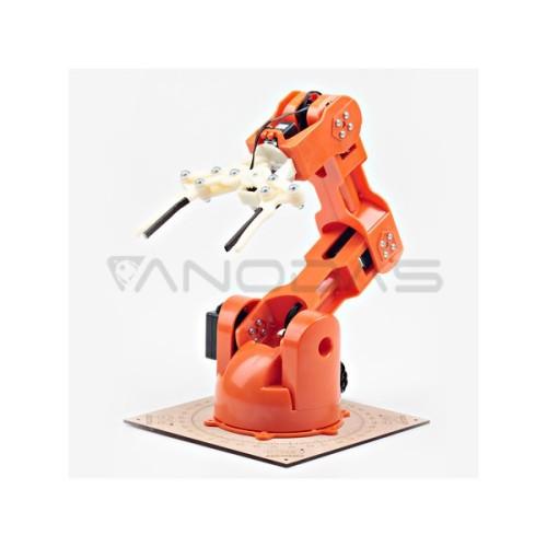 Roboto Ranka Braccio TinkerKit su Arduino Priedėliu