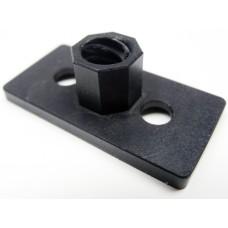Tvirtinimo veržlė montuojama į aliuminio profilį skirta 8mm srieginiam strypui